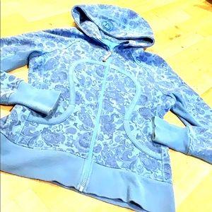 Lululemon blue floral scuba sz 8